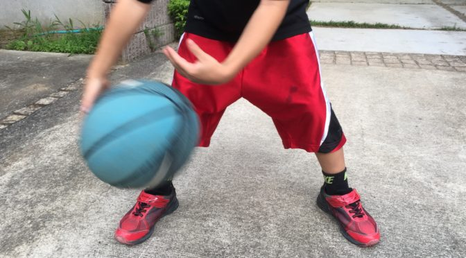 【バスケ】ボールハンドリング 60秒チャレンジ